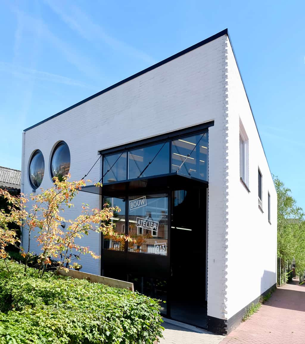 Ingang flexwerkplekken Tilburg bij Bouwatelier013